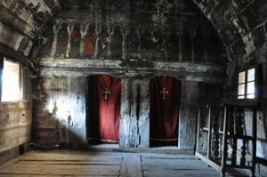 Biserica din Calna interior2